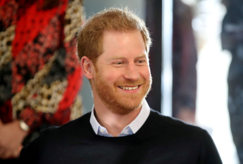 © Reuters. FILE PHOTO: Britain's Prince Harry visits 'Fit and Fed' youth programme in London