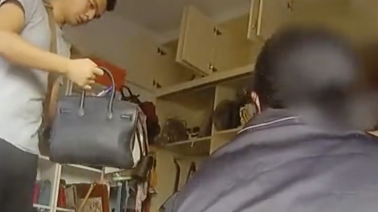 Used Louis Vuitton Bags >> Chinese Fake Goods Seller Caught After Her Mother Used