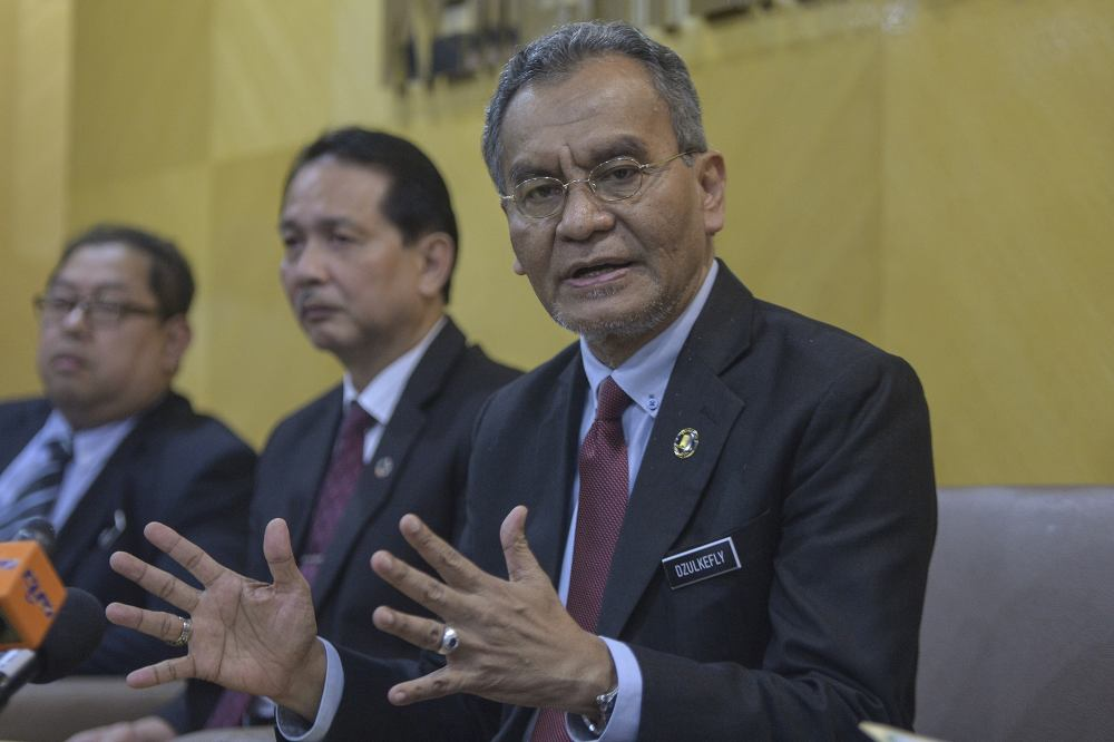 Health Minister Datuk Seri Dzulkefly Ahmad said that with the policy change, the ministry had succeeded in appointing 16,407 graduate medical officers from December, 2016 to October 2019 with an emolument expenditure of RM1.63 billion. ― Picture by Shafwan Zaidon