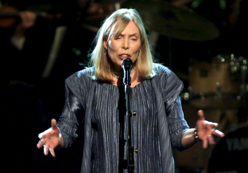 Musician Joni Mitchell performs during the filming of a television tribute to her in New York, in this file photo taken April 6, 2000. — Reuters pic