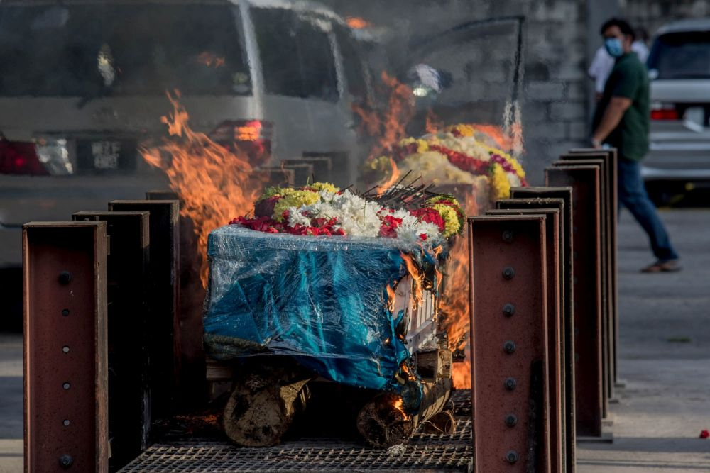 An Indian cremation ceremony is carried out at the Sentul Hindu Crematorium August 10, 2021. ― Picture by Firdaus Latif
